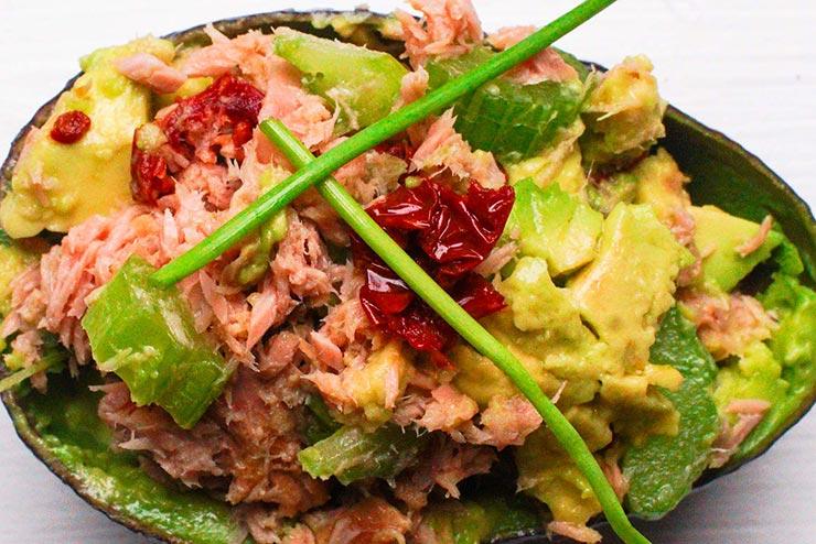 Avocado-tonijnbootje
