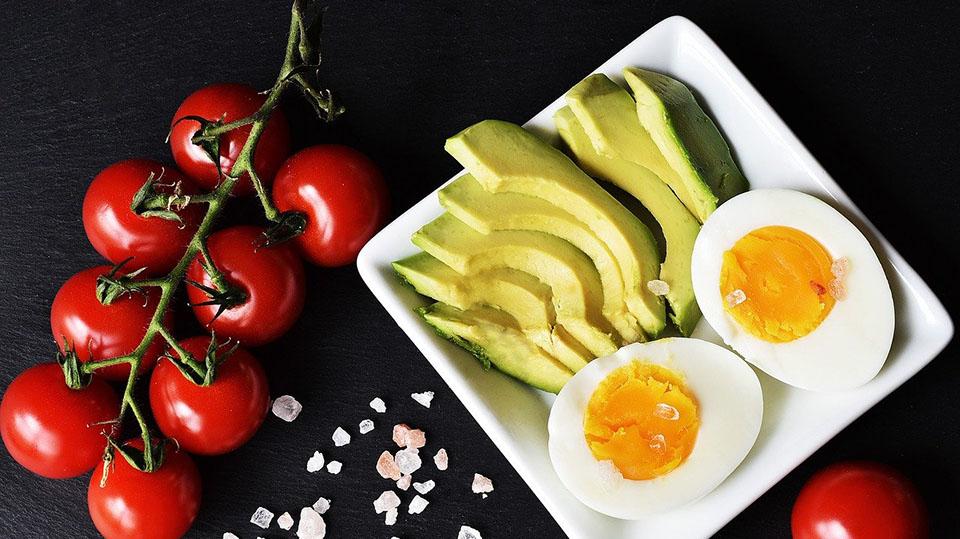 Minder koolhydraten eten tegen kanker. Helpt dat?